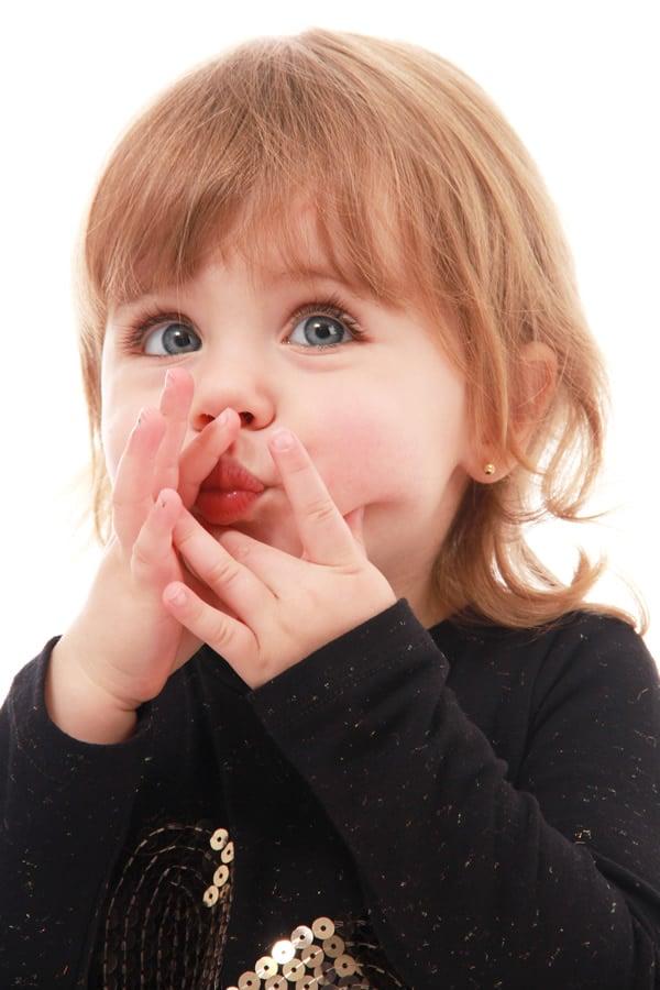 Fotografia de criança em estúdio fotográfico realizado por Bliss Fotografia. Fotografia infantil e fotos de crianças.