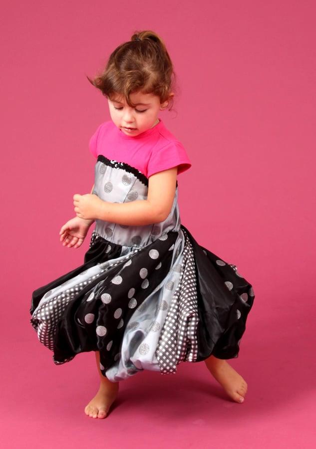 Fotografia de criança em estúdio fotográfico realizado por Bliss Fotografia. Fotografia infantil.