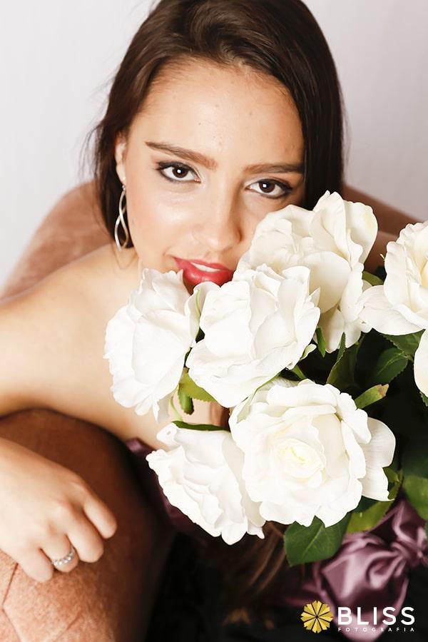 book fotográfico em estúdio realizado por Bliss Fotografia. book fotografico sensual. ensaio fotografico em estudio. book fotografico feminino.