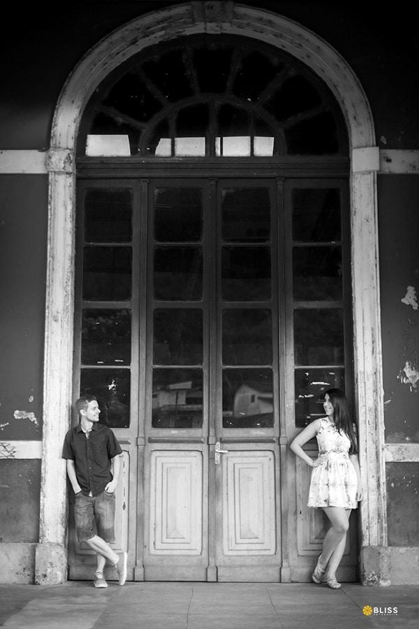 Ensaio fotografico pré wedding em Antonina Paraná realizado por Bliss fotografia. Fotografia de Casal. Book fotográfico de casal.