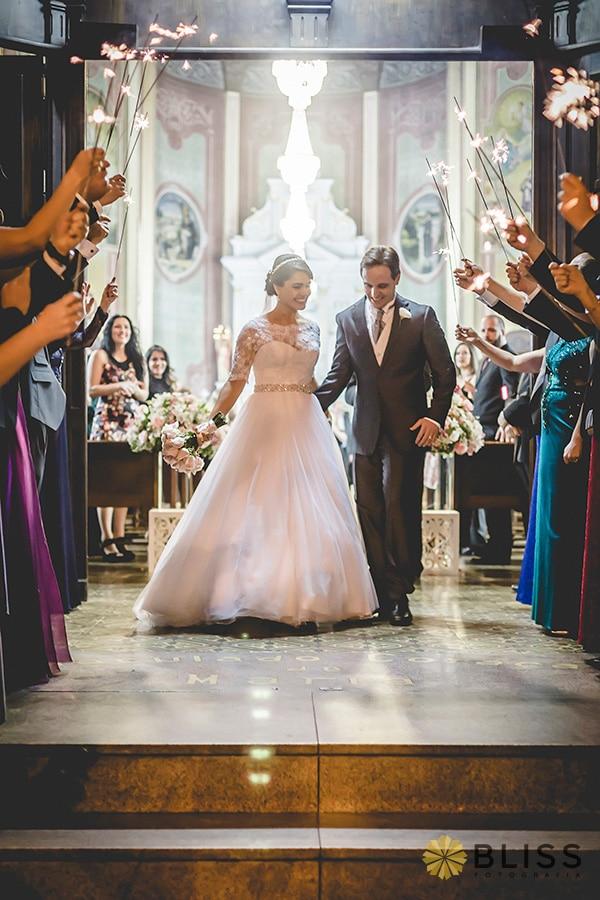fotos de casamento na Paróquia do Imaculado Coração de Maria realizado por Bliss Fotografia. Fotografo de Casamento em Curitiba. fotografo de casamento curitiba