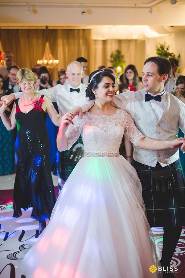 Festa de Casamento realizado no salão de festas espaço Vip no Rebouças. fotografo de casamento curitiba
