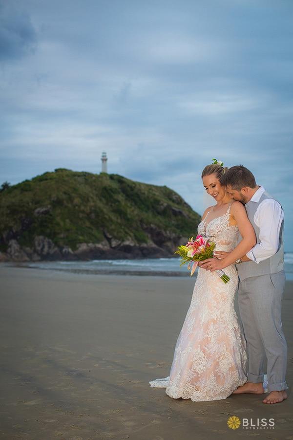 Fotografo de Casamento. Fotografia do casamento da realizado por Bliss Fotografia de Curitiba. Fotografias de Casamento. Casamento realizado na pousada treze luas na ilha do Mel Paraná.