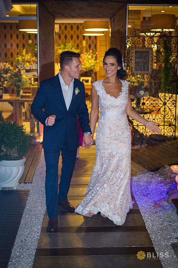 Fotografo de Casamento. Fotografia do casamento da Pamela e Diogo realizado por Bliss Fotografia de Curitiba. Fotografias de Casamento. Espaço para eventos Bamboo no Cristo Rei. fotografo de casamento curitiba